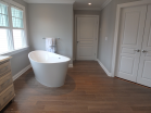 Master Suite-Bathtub2