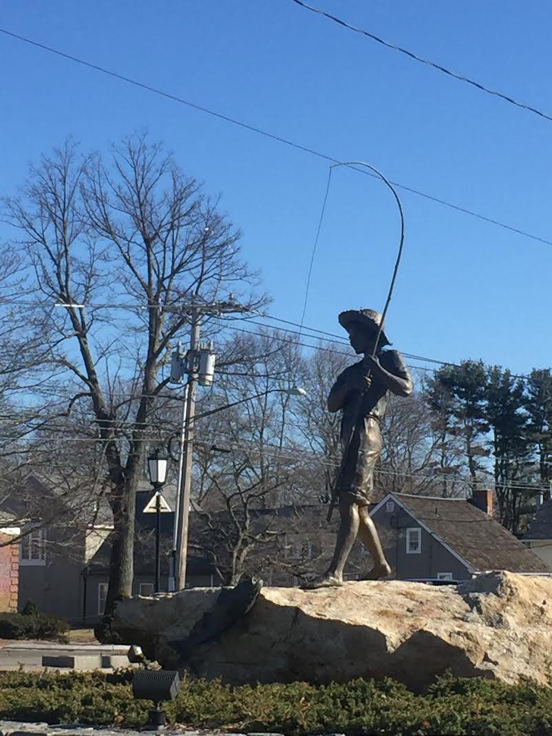 Old Saybrook, Travel CT, Connecticut Travel, Oceanfront, Views, Connecticut Views, Weekend Getaway CT, Weekend Getaway, Connecticut Weekend Getaway, Sculpture, Statue, Fisherman, Fisherman Statue,