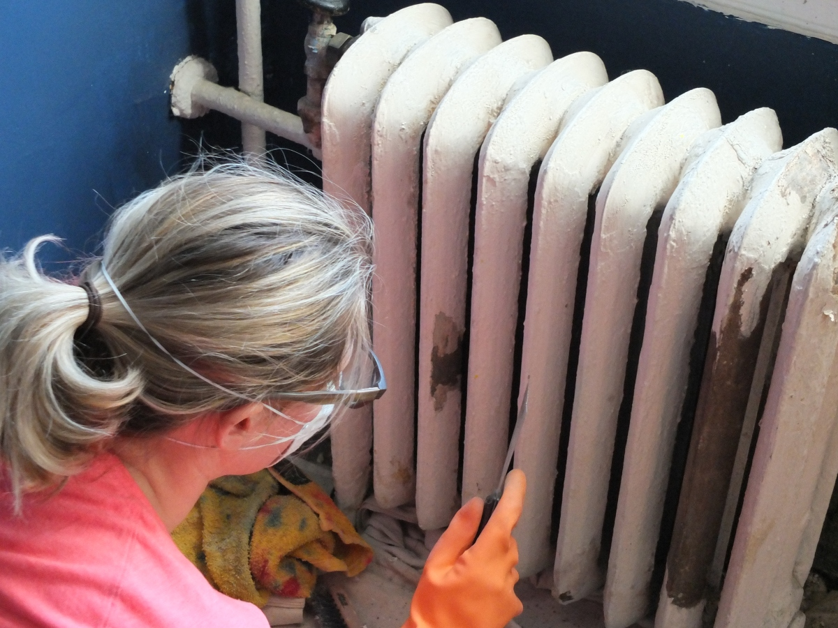 American Radiator Co, pre-war Radiator, Pre-War Heating, Heating, Radiator, Radiators, Refinishing Radiators, Stripping Radiator, Details, Pre-War Details, Historic Architectural Details, historic Design details, 1920s interiors, Paint Stripper, Goo Gone Paint Stripper,
