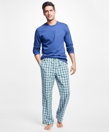 Cotton gift guide, cotton pajamas, second anniversary gifts, 2 year gift ideas, 2 year traditional gifts, gift ideas for her, gift ideas for him, anniversary gift guide, wedding anniversary gift guide, second anniversary gifts, pajamas, mens pj sets, mens pajamas, pajama sets